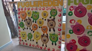 Æbler og glade grise var temaet for årets tegnekonkurrence for børnene i Assens kommune.
